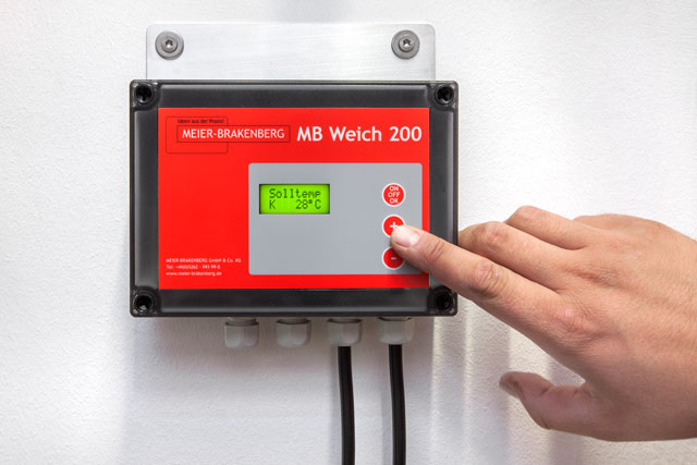 The easy and intuitive to operate soaking and cooling control unit MBWeich 200 allows to the second adjustment of spraying and break intervals. In connection with the included temperature sensor and the appendant pressure release it offers the user optimum control options when operating the combined soaking and cooling unit.