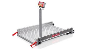 Mobile platform weighing machine made of aluminium - weighing of animals including animal weighing program. The large platform allows weighing of big packs, bags and wheelbarrows. Ramps for passing over are also available on request.