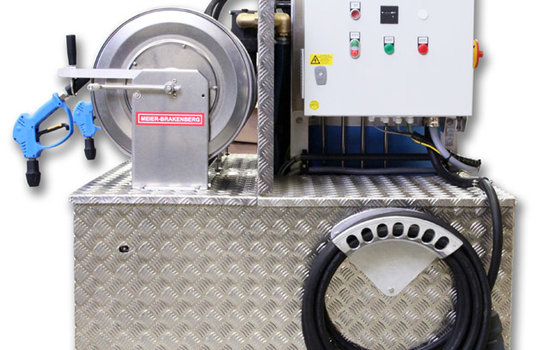 For cleaning machines we have developed the compact pressure cleaning unit at a robust Aluminium chassis. So the pump station provides all users a high cleaning power at different places of action.
