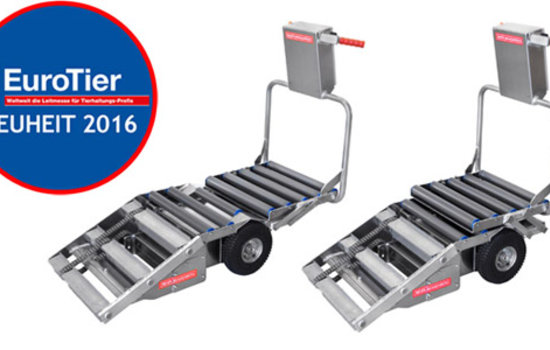 The new product Porky's Pick Up XL will be presented for the first time at EuroTier 2016 in Hannover. The unique feature of this Pick Up is the modified Layout, to transport sows up to 300 Kg. For this requirement the user can expand the device during loading, to collect also heavy and large sows completely with this cart.