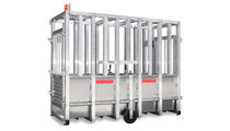 The mobile bull weighing machine made of aluminium with a weighing range of up to 1,500 kg allows safe and quick weighing of bulls and large cattle. Thanks to the integrated chassis the robust and sturdy version is suitable for mobile and thus flexible use.